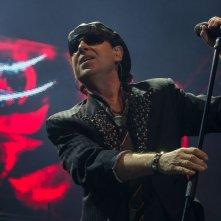 Scorpions - Forever and a Day: il frontman Klaus Meine in una scena del documentario