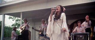 Nashville: Ronee Blakely durante un concerto in un'immagine del film