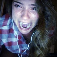 Unfriended: Shelley Hennig in un'inquietante immagine tratta dal film