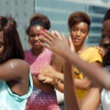 Diamante nero: Mariétou Touré in una concitata scena di danza tratta dal film