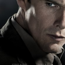 Regression: Il character poster di Ethan Hawke