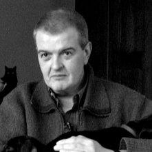 Nessuon siamo perfetti: Tiziano Sclavi in una scena del documentario a lui dedicato