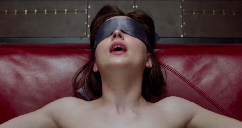 Dakota Johnson in Cinquanta sfumature di grigio