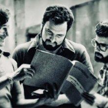 Steven Spielberg, John Milius e George Lucas sul set de Lo squalo