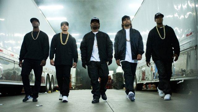 Straight Outta Compton: Neil Brown Jr., Aldis Hodge, Corey Hawkins, Jason Mitchell e O'Shea Jackson Jr. in un'immagine del film