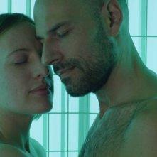 Crushed Lives - Il sesso dopo i figli: Alberto Basaluzzo e Caterina Capodilista in una scena d'amore del film