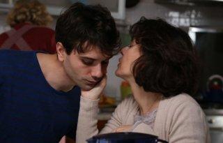 Noi siamo Francesco: Elena Sofia Ricci con Mauro Racanati in una scena