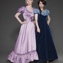 Another Period: Natasha Leggero e Riki Lindhome in un'immagine promozionale per la serie