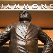 Jurassic World: la statua di John Hammond