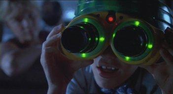 Jurassic Park: il piccolo Tim con il visore a infrarossi