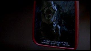 Jurassic Park: il T-Rex nello specchietto retrovisore