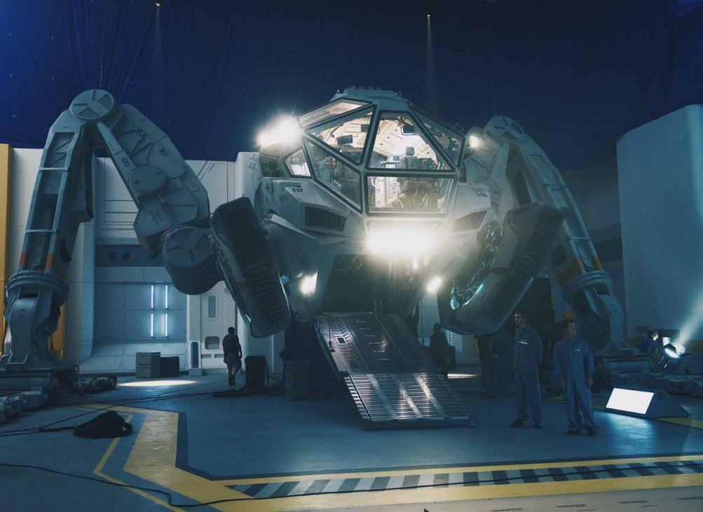 Independence Day Resurgence: svelato il look del Moon Tug