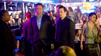 True Detective: Vince Vaughn in una scena dell'episodio Night Finds You