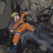 Naruto - Il film: La Leggenda della Pietra Gelel, Naruto precipita da un burrone in una scena del film