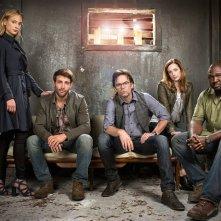 Zoo: in un'immagine promozionale del cast della serie