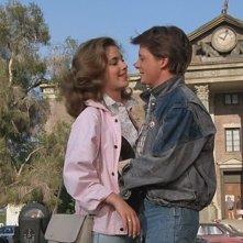 Ritorno al futuro: Michael J. Fox nella piazza di Hill Valley