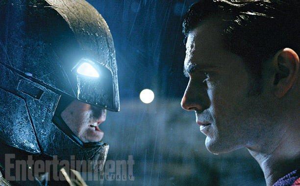 Batman v Superman: nelle nuove immagini del film anche Wonder Woman