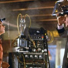 Ritorno al futuro: Michael J. Fox e Christopher Lloyd in una scena del film