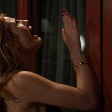 Scream: Bella Thorne in un'immagine tratta da Red Roses