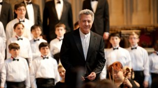 Boychoir: Dustin Hoffman in una scena del film