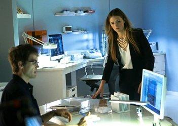 Extant: Tyler Hilton e Grace Gummer in Change Scenario