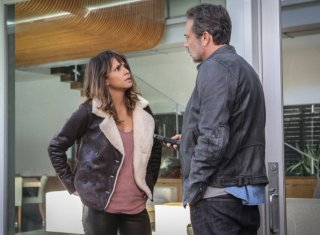 Extant: Halle Berry e Jeffrey Dean Morgan in Change Scenario
