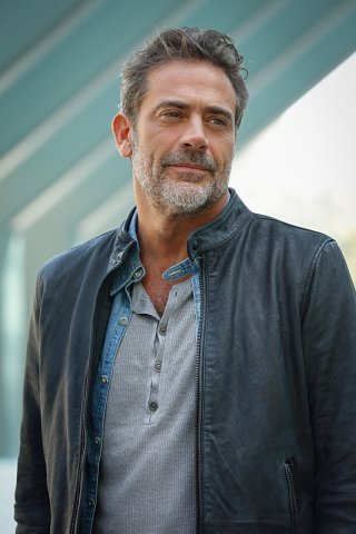 Extant: Jeffrey Dean Morgan interpreta J.D. Richter in Change Scenario