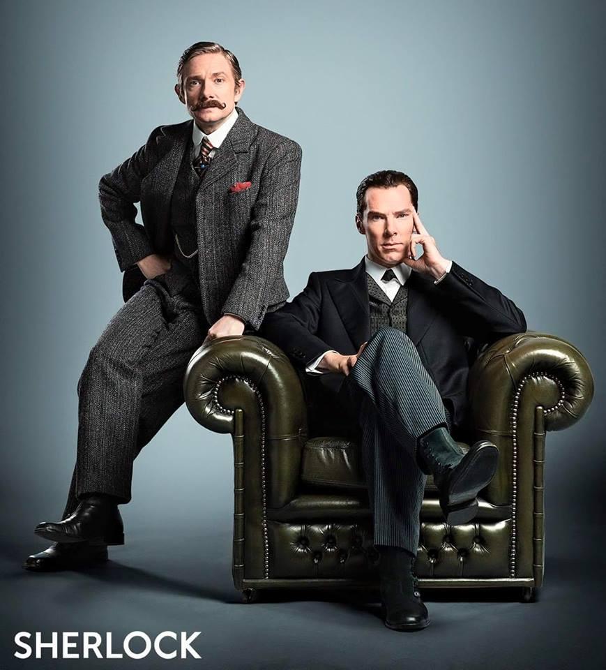 Sherlock: Benedict Cumberbatch e Martin Freeman in posa per lo speciale natalizio