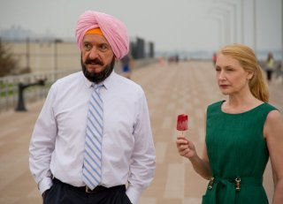 Learning to Drive: Ben Kingsley e Patricia Clarkson in una scena