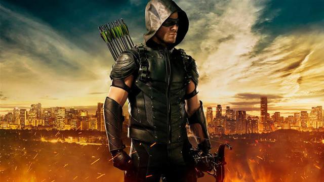 Arrow: il costume indossato da Oliver Queen nella quarta stagione