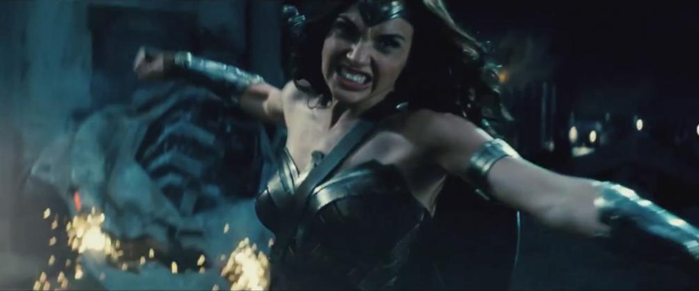 Batman v Superman: Dawn of Justice: Wonder Woman nel nuovo trailer