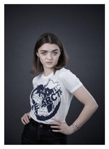 Save the Arctic: Maisie Williams nella campagna di Greenpeace