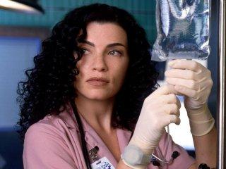 E.R. - Medici in prima linea: Julianna Margulies in una foto promozionale del serial