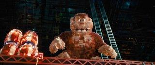 Pixels: Donkey Kong in una scena del film