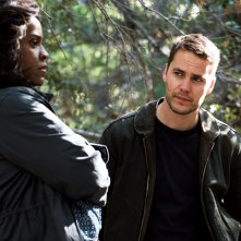 True Detective: Michael Hyatt e Taylor Kitsch in Church in Ruins