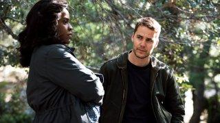 True Detective: Michael Hyatt e Taylor Kitsch in Church in Ruins