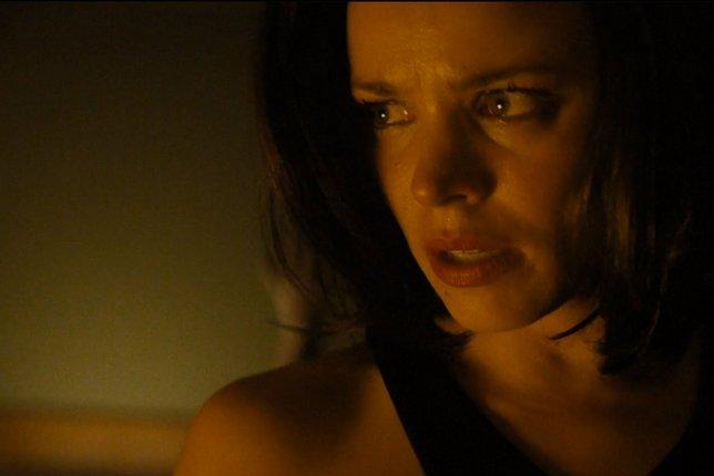 True Detective: Rachel McAdams in una scena di Church in Ruins in cui Ani è visibilmente scossa