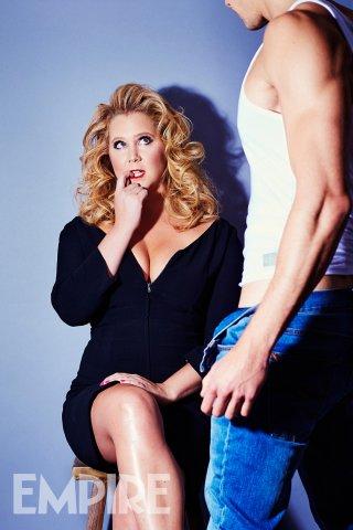Amy Schumer imita Madonna sul magazine Empire