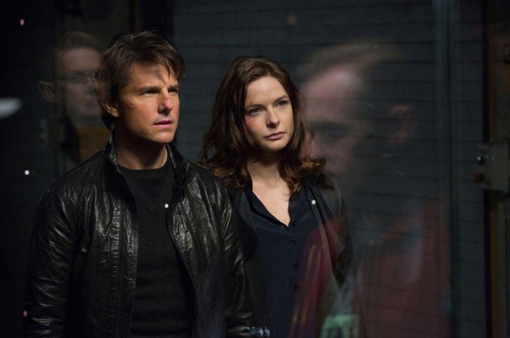Mission: Impossible - Rogue Nation: Tom Cruise insieme a Rebecca Ferguson in una scena del film action