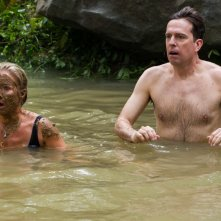 Come ti rovino le vacanze: Christina Applegate in acque agitate insieme a Ed Helms
