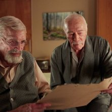 Remember: Christopher Plummer e Martin Landau in una scena