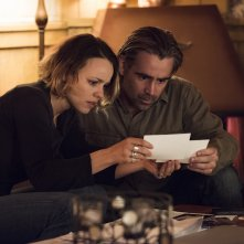 True Detective: Rachel McAdams e Colin Farrell interpretano Ray e Ani in Black Maps and Motel Rooms