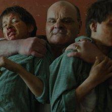 Il grande quaderno: László Gyémánt e András Gyémánt in un momento violento del film
