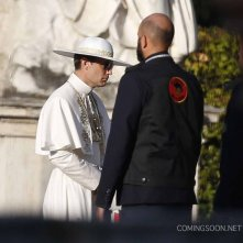 The Young Pope: una foto di Jude Law sul set