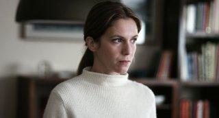 In un posto bellissimo: un fotogramma con Isabella Ragonese tratto dal film