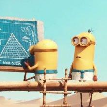 Minions: due Minion alle prese con la costruzione delle piramidi d'Egitto