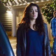 Secrets and Lies: Natalie Martinez e Ryan Phillippe in un'immagine della prima stagione