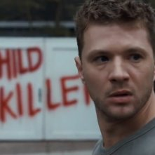 Secrets & Lies: Ryan Phillippe in una scena della serie