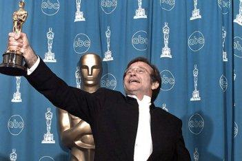 Robin Williams con la sua statuetta