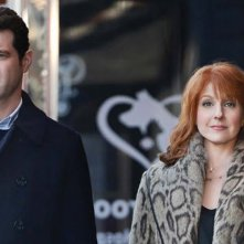 Difficult People: i due attori Billy Eichner e Julie Klausner in un'immagine tratta dalla prima stagione